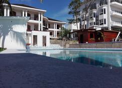 Hotel Casa Royale - Bluefields - Pool
