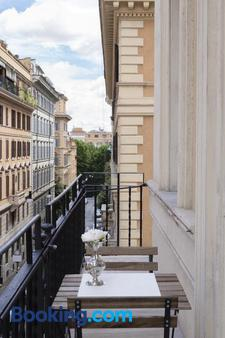 Relais Donna Lucrezia - Rome - Balcony