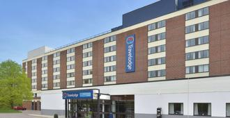 Travelodge Gatwick Airport Central - Gatwick