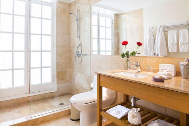 Hotel Boutique Le Reve - Santiago - Bathroom
