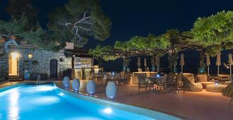 Hotel Punta Tragara - Capri - Pool