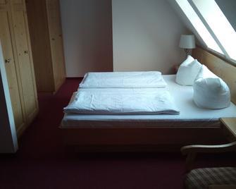 Landhotel Keils Gut - Wilsdruff - Bedroom