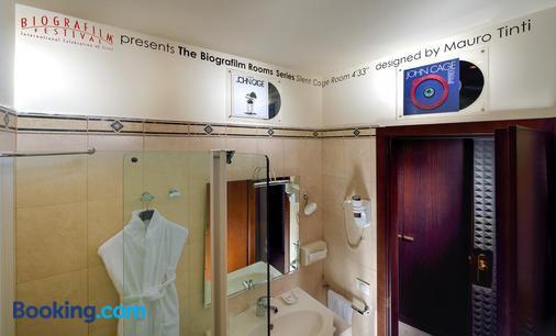 Al Cappello Rosso - Bologna - Bathroom