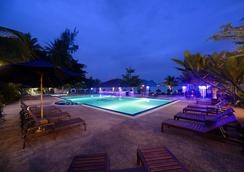 Bella Vista Waterfront Resort - Langkawi Island - Pool