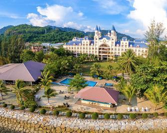 Bella Vista Waterfront Resort - Langkawi Island - Building