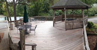 Edelweiss Inn - Eureka Springs - Patio