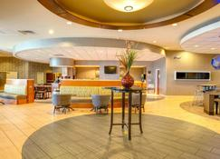 Springhill Suites by Marriott Lawrence - Lawrence - Bar