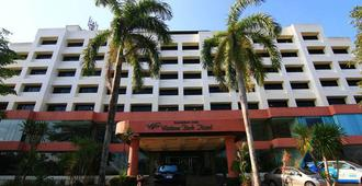 Wattana Park Hotel - Trang