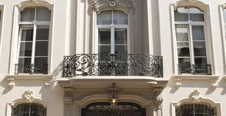 Hotel 't Sandt Antwerpen - Amberes - Edificio