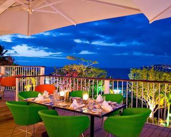 Mount Cinnamon Resort - St. George's - Balcony