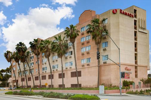 Ramada by Wyndham Hawthorne/LA Stadium - Hawthorne - Edificio