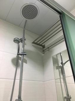 Check Inn HK - Hong Kong - Bathroom