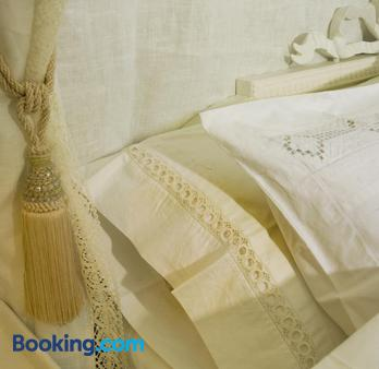 Annas Hotell - Kristianstad - Bedroom