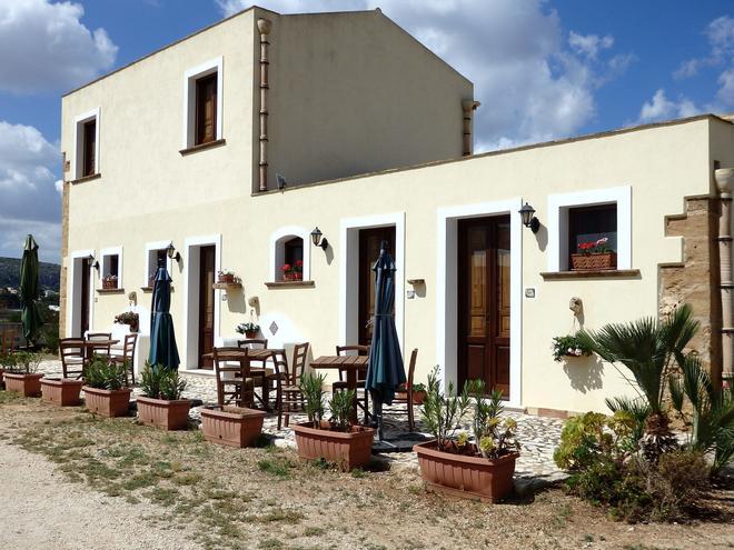 Baglio Cofano Rooms & Relax - Custonaci - Patio