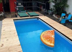 زيبولو هوستل - بنما سيتي (بنما) - حوض السباحة
