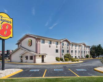 Super 8 by Wyndham Aberdeen MD - Aberdeen - Gebäude