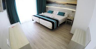 Hotel Fenix - El Arenal - Slaapkamer