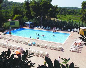 Residence Hotel Baia di Paradiso - Peschici - Pool