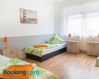 Ferienwohnung Wideystrasse - Witten - Schlafzimmer