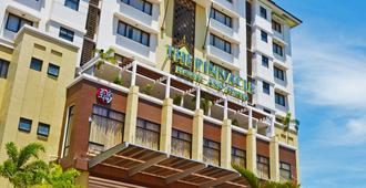 The Pinnacle Hotel and Suites - Davao - Bâtiment