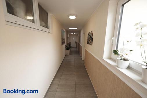 Hotel Garni Wurster Kroog - Bremerhaven - Hallway
