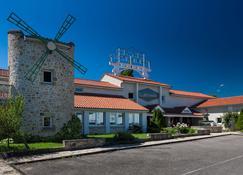 Le Moulin des Gardelles - Riom - Building