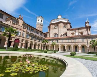 Somaschi Hotel - Monastero DI Cherasco - Cherasco
