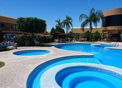 Hotel San Angel - Hermosillo - Pool