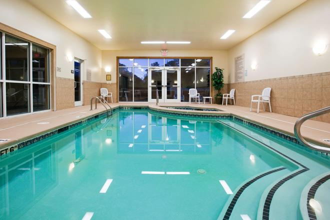 Country Inn & Suites by Radisson, Conyers, GA - Conyers - Pool