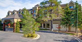 DoubleTree by Hilton Hotel Flagstaff - פלגסטאף