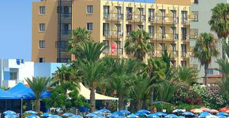 Stamatia Hotel - Айя-Напа - Здание