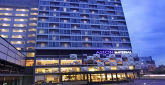 Aston Imperial Bekasi Hotel And Conference Center - Bekasi - Building