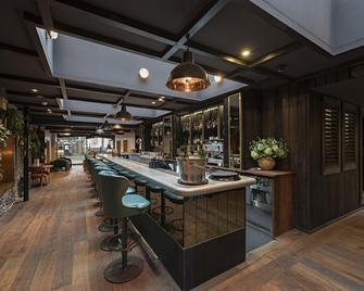 The Falstaff Hotel - Canterbury - Bar