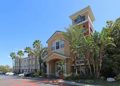Extended Stay America - Tampa - Airport - N. Westshore Blvd. - Tampa - Building