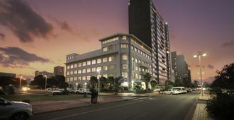 Parade Hotel - דורבן - בניין