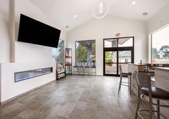 Red Lion Inn & Suites Grants Pass - Grants Pass - Hành lang