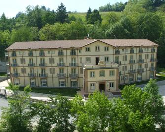 Hotel Valentino - Acqui Terme - Building