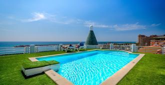 Hotel Villa de Laredo - Fuengirola - Pool