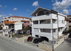 Panorama Lux Apartments - Rogoznica - Außenansicht