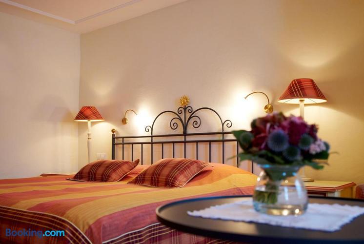 Hotel Restaurant Sonne Ab 88 1 5 9 Kirchzarten Hotels