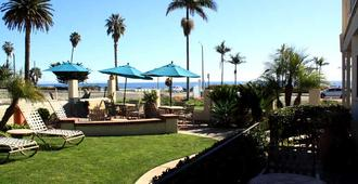 Cabrillo Inn at the Beach - Santa Barbara - Hàng hiên