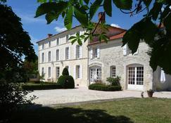 Domaine Du Prieuré - Tonnay-Boutonne - Edificio