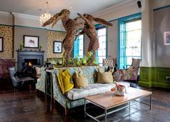 Oddfellows - Chester - Living room