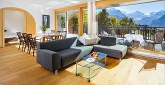 Beausite Park Hotel - Lauterbrunnen - Living room