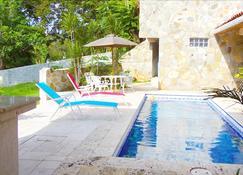 Spacious Casa Ken with Golf Cart - Contadora - Pool