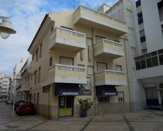 Guesthouse Sarita - Monte Gordo - Building