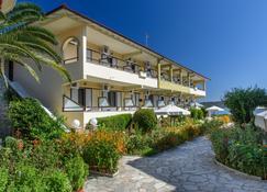 Sun Rise Hotel - Ammouliani - Edificio