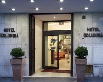 Hotel Columbia - Rome - Building