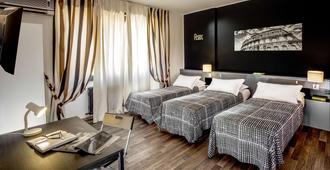 Radio Hotel - Rome - Bedroom