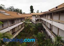 Solomon Kitano Mendana Hotel - Honiara - Edificio
